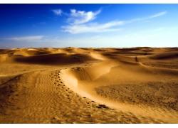 蓝天白云沙漠图片素材