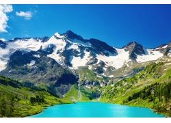 山脉河流风景图片