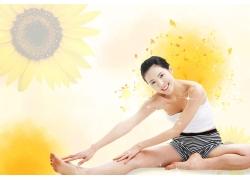 瑜伽女人海报PSD素材