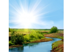 草地河流风景图片