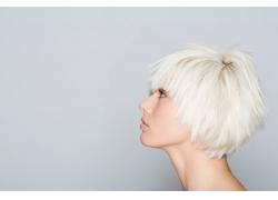 白色短发模特发型图片素材