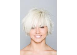 白色超酷发型高清图片