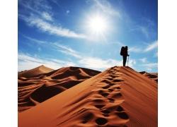 沙漠探索者高清图片