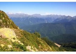 群山峻岭自然风景图片