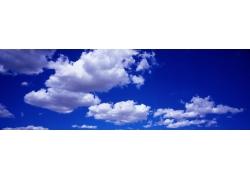 蓝天白云宽幅风景高清图片