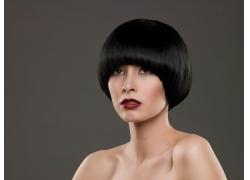沙宣发型设计的性感女模高清图片