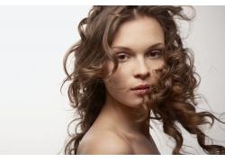 外国女人时尚发型设计高清图片