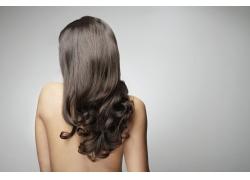 裸背的美女发型设计高清图片