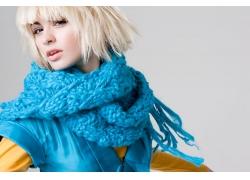 围围巾的外国美女高清图片