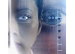 未来高科技产品与女性眼眼睛高清图片