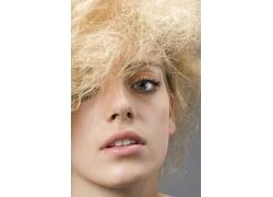 爆炸发型设计美女高清图片