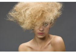 爆炸发型时尚美女高清图片