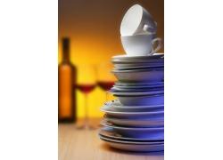杯子碟子陶瓷餐具高清图片