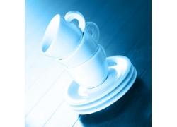 重叠的咖啡杯子特写高清图片
