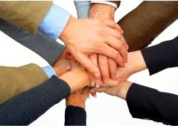 许多手放在一起特写高清图片
