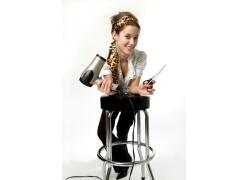 微笑的外国美女发型设计师高清图片