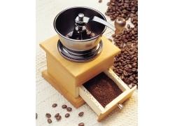 咖啡研磨机与咖啡豆摄影高清图片