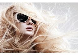 戴墨镜时尚凌乱发型设计高清图片