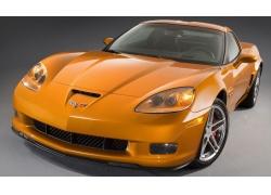 一辆豪华黄色跑车高清图片