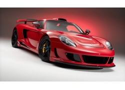 一辆崭新红色跑车高清图片