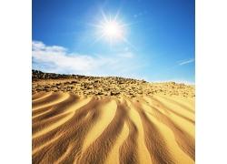 阳光下的沙漠图片素材