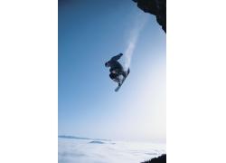 极限雪上滑板运动摄影图片图片