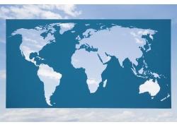 蓝天与镂空世界地图