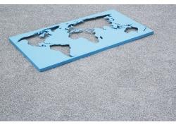 镂空的立体世界地图