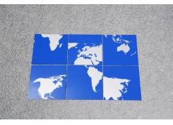 世界地图拼图摄影图片