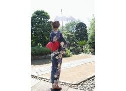 打伞的日本美女写真