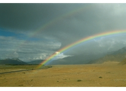 沙漠彩虹风景摄影