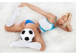 美女与足球