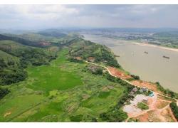 河流自然风景
