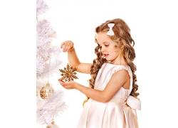 节日的小女孩图片