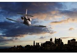 城市上空的飞机
