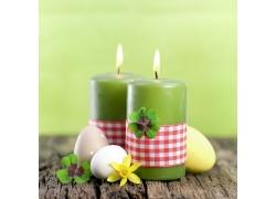 四叶草蜡烛与鸡蛋