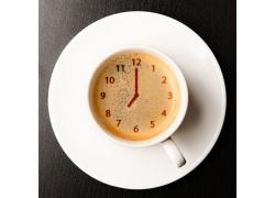 咖啡内的钟表