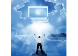 空中的笔记本电脑和男人