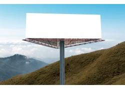 高速路上的广告牌