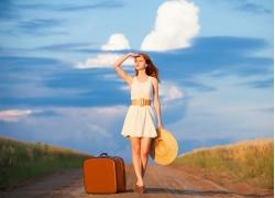 旅行的时尚美女