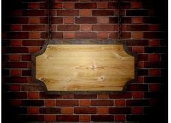 红砖墙壁与木板挂牌