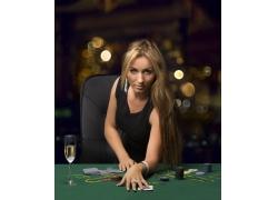 赌博的国外美女摄影